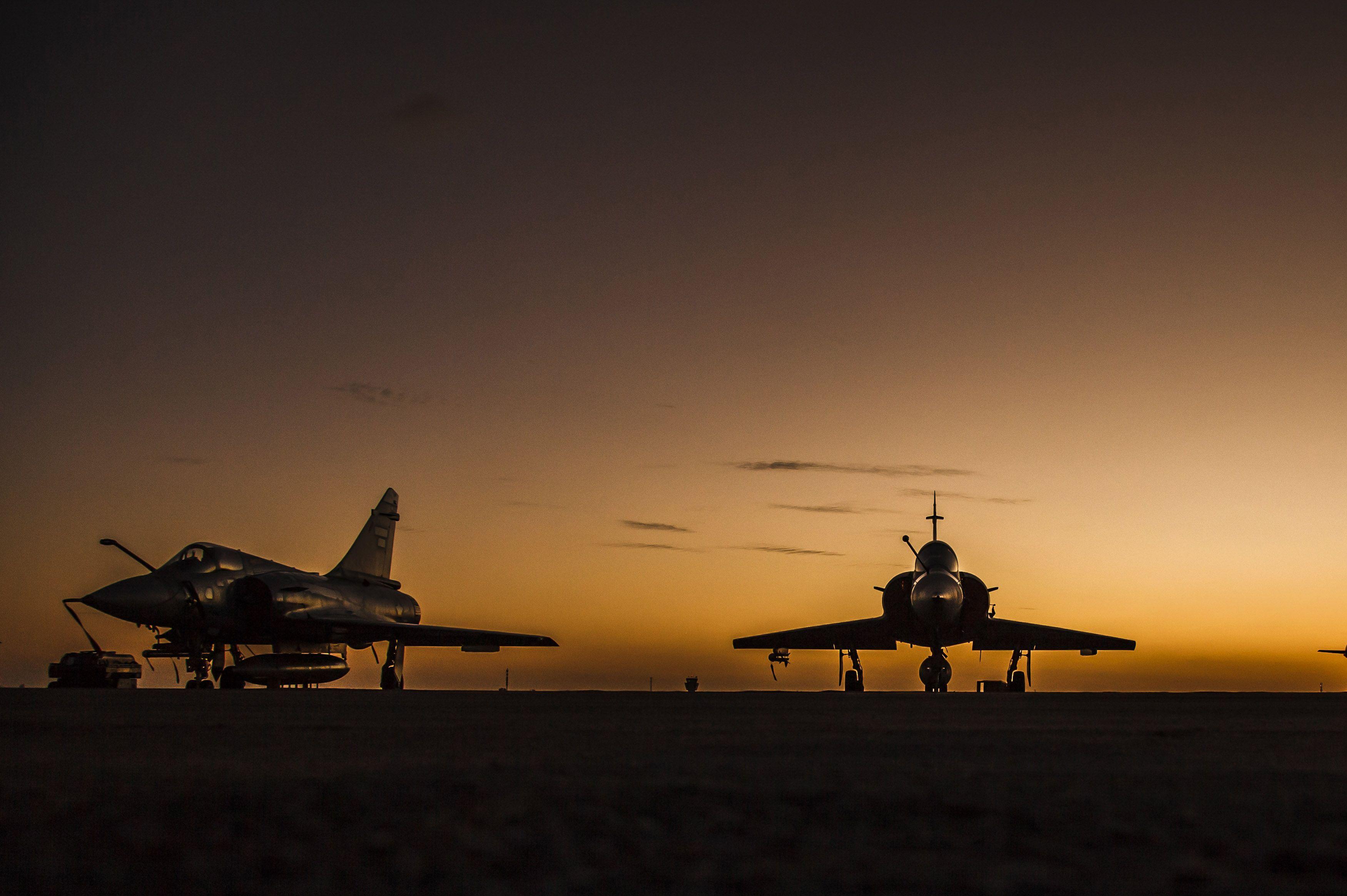 Military Dassault Mirage 2000 Jet Fighter Aircraft Warplane Sunset