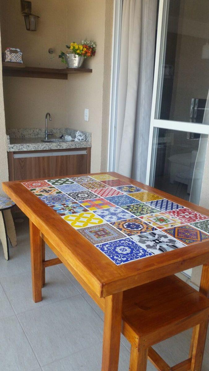 Mesa com azulejos e banco mesinha de madeira maci a - Mesas de azulejos ...