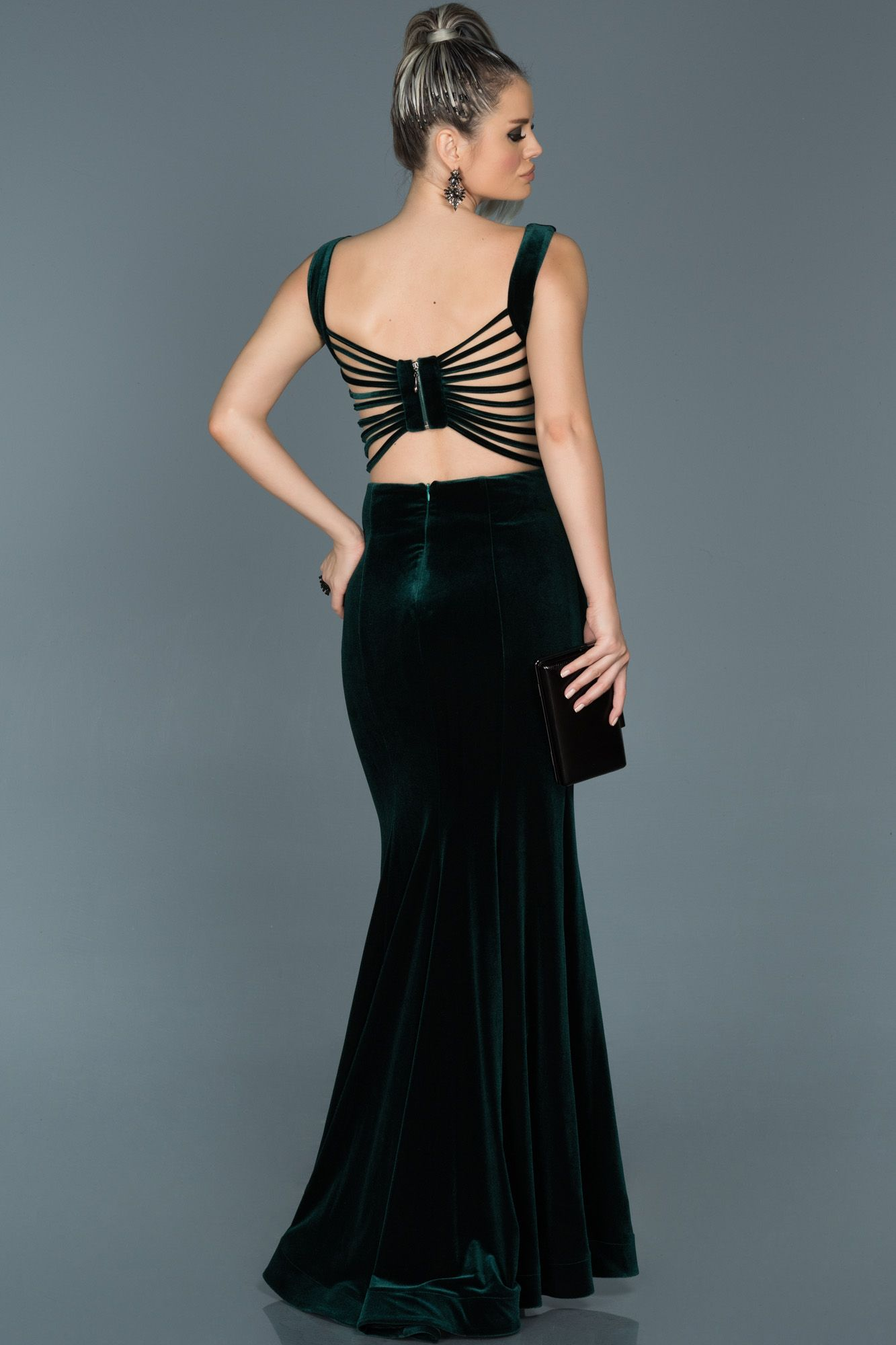 Zumrut Yesili Sirt Dekolteli Kadife Abiye Abu503 Elbise Elbise Modelleri The Dress