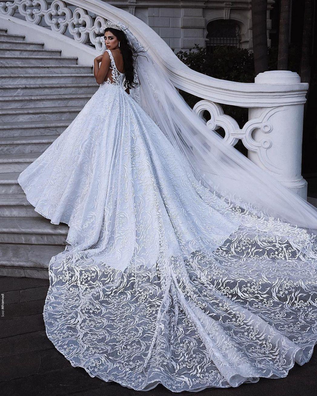 12 Türkische Hochzeitskleider in 2020  Ballkleid hochzeit Stil