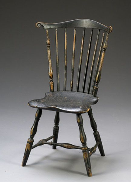Painted Fan Back Windsor Chair Pennsylvania Ca 1770 1790 With Serpentine Crest Carved Volute Ears Over Windsor Chair Colonial Chair Antique Chairs Painted