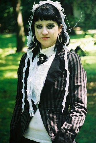 #Goth Girl tPlease like