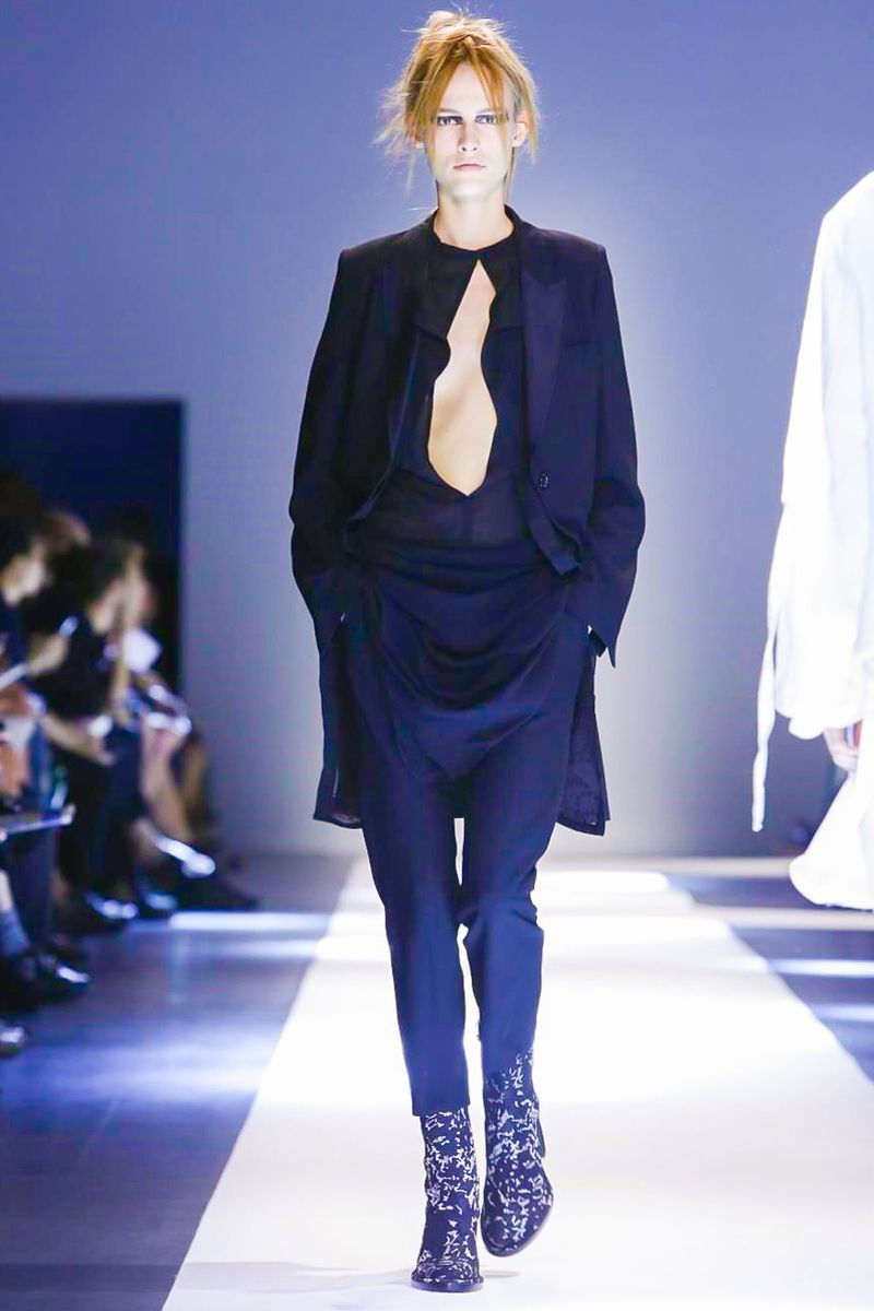Ann Demeulemeester Ready To Wear Spring Summer 2015 Paris - NOWFASHION