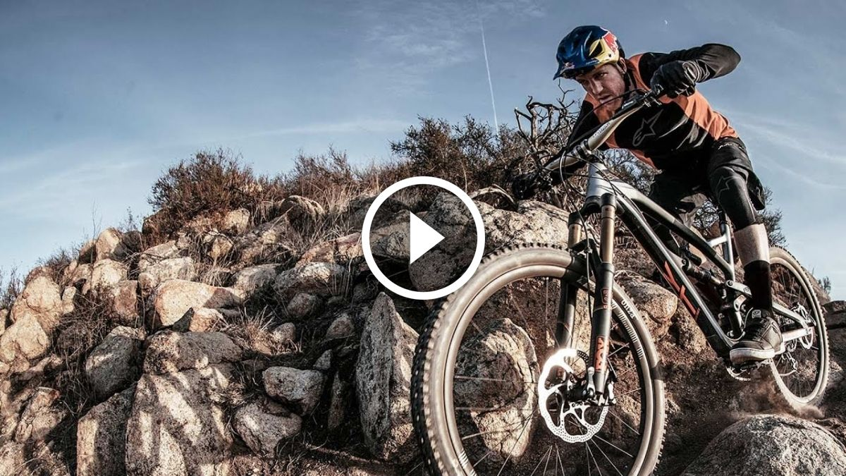 Watch Aaron Gwin Shreds On The New Yt Jeffsy 27 With Images