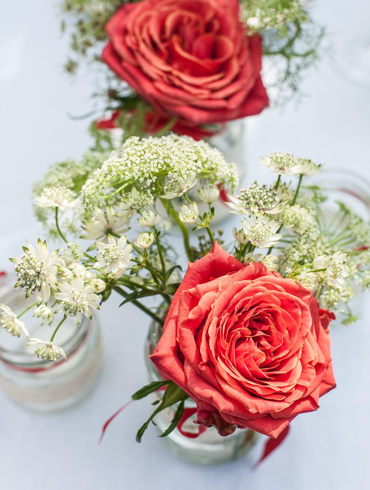 Wedding flowers roses weddings diy wedding vases red white wedding flowers roses weddings diy wedding vases red reviewsmspy