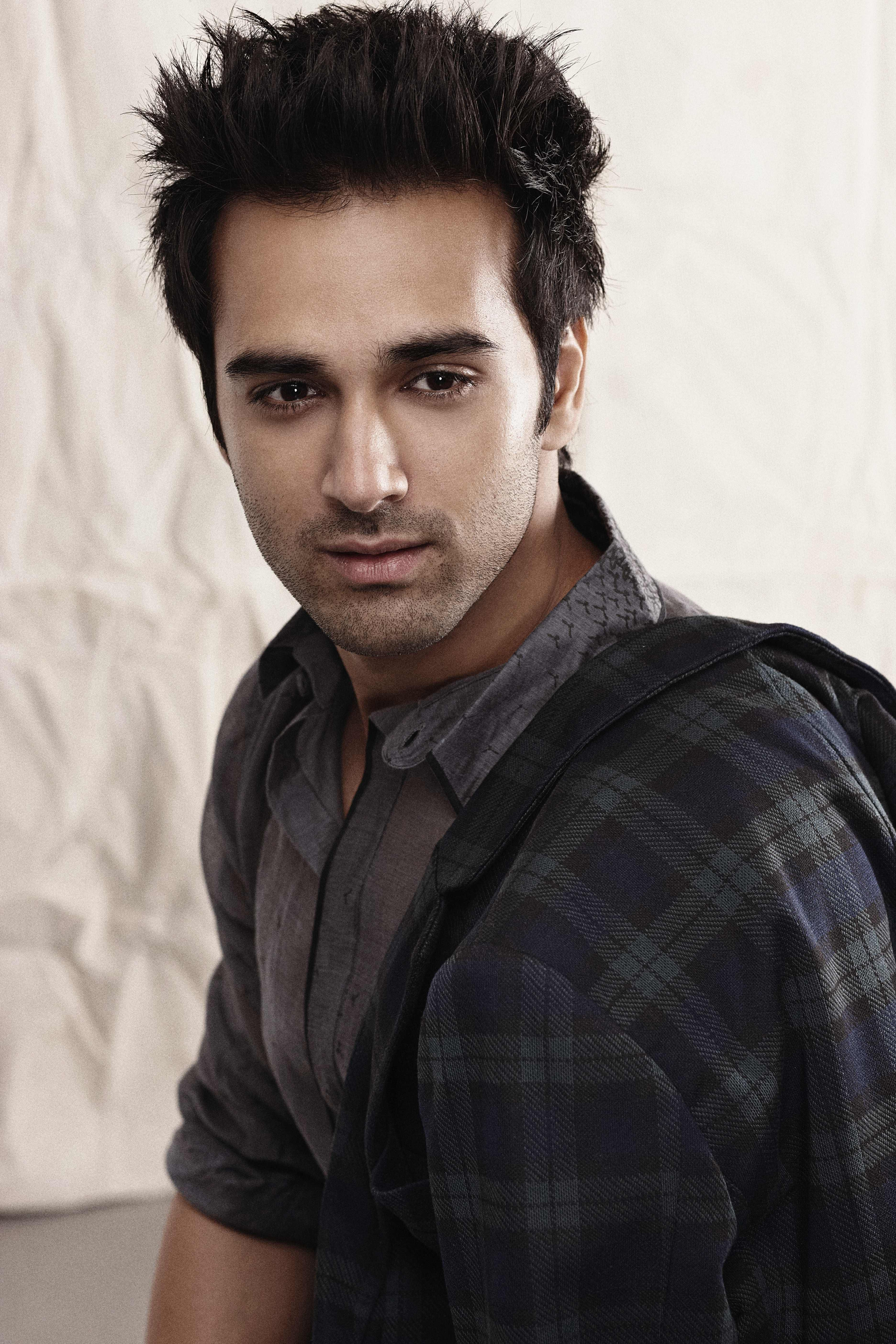 With exam results of ICSE board hitting the day, actor Pulkit Samrat has a strong message for the students. For more updates please visit #getmovieinfo