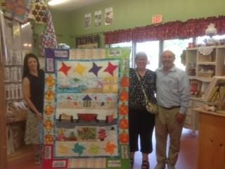 Cynthia A Turned Her Quilt Into Memories By The Yard In San Antonio Tx Row By Row Experience Row Quilt Beautiful Quilts