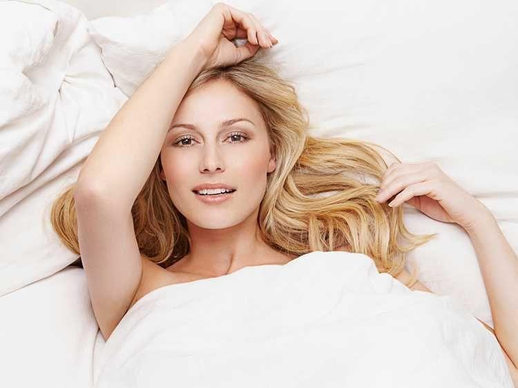 Coiffures pour dormir, 8 astuces pour avoir de beaux