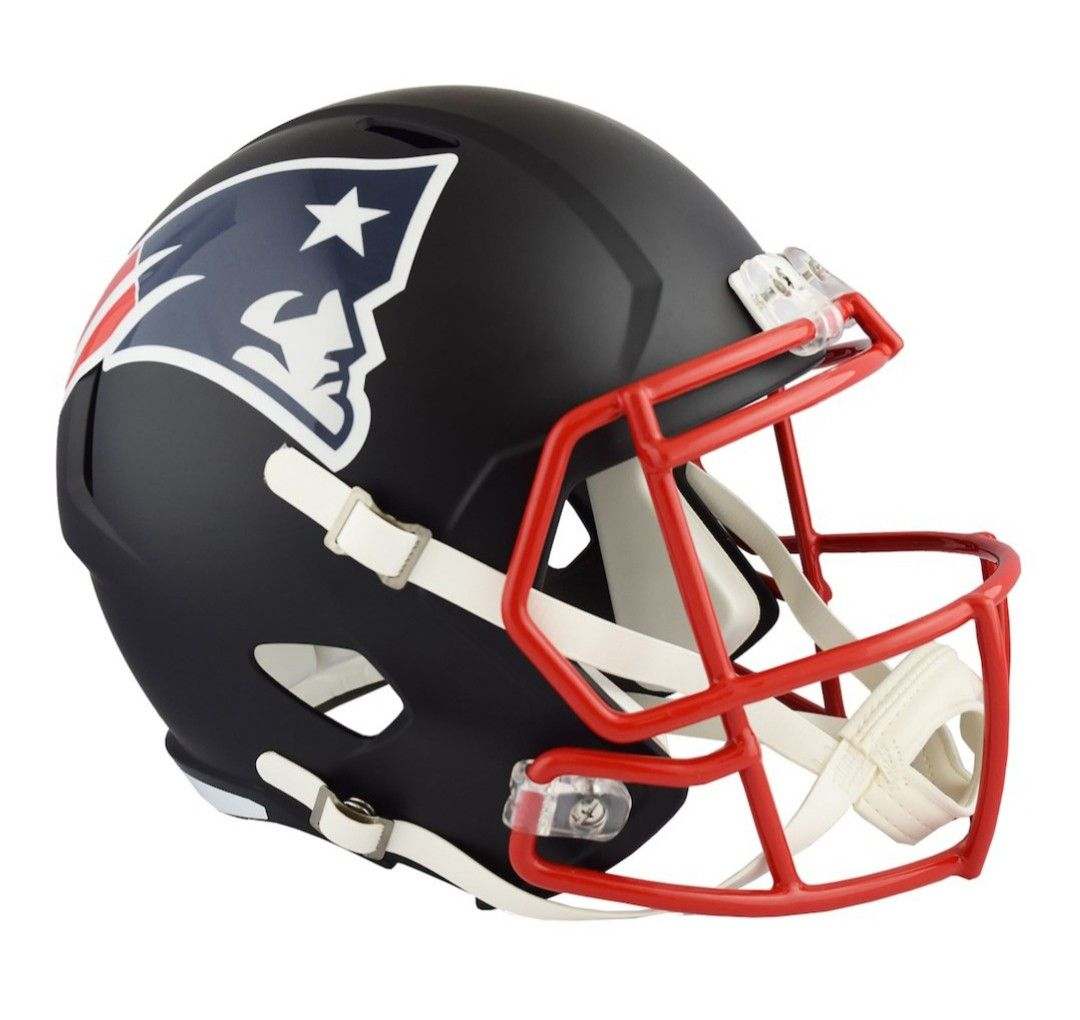 Patriots Navy Blue Helmet With Red Facemask New England Patriots New England Patriots Football Helmet