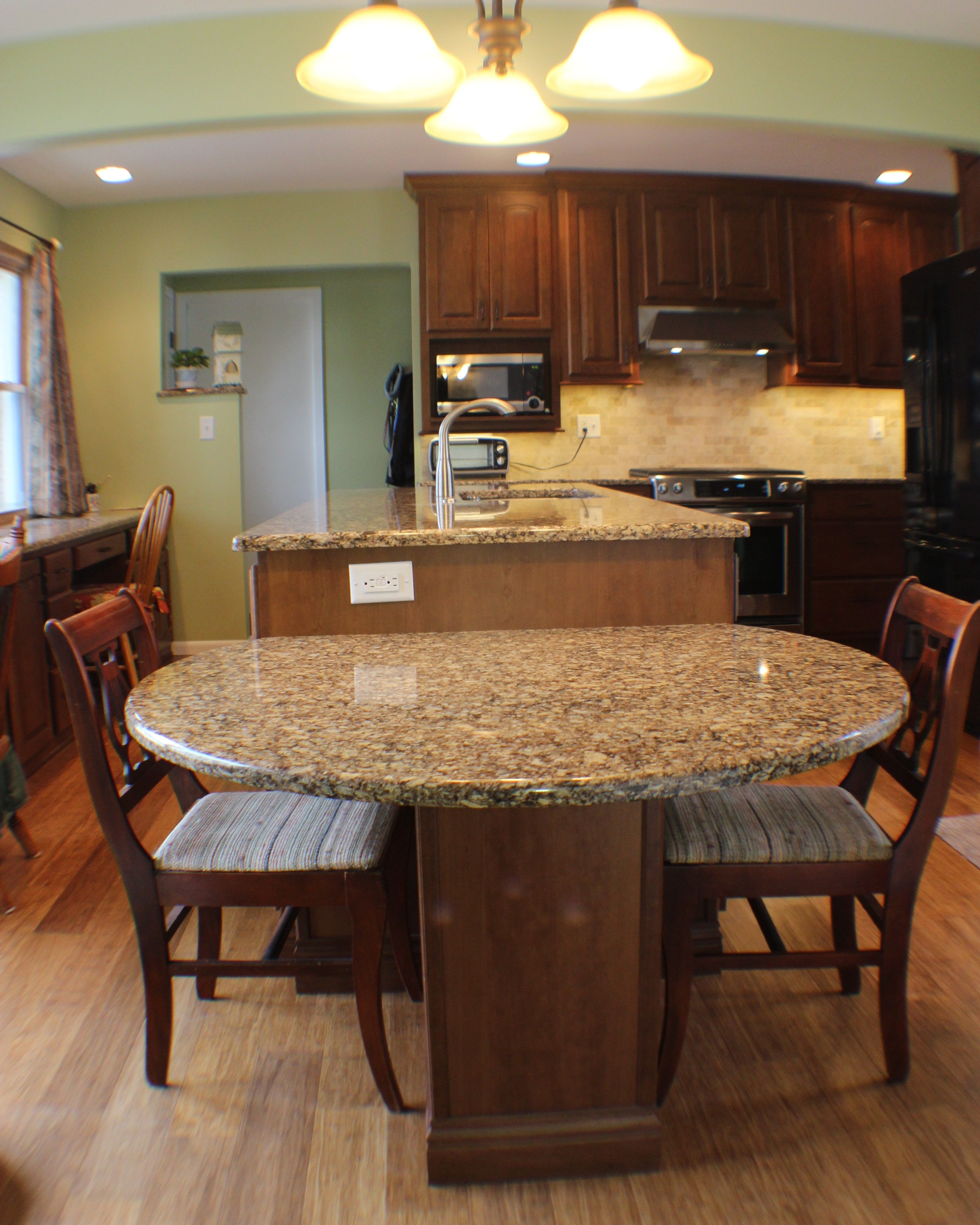 Kitchen Island With Table Height Seating This Two-level #island Drops Down To Table Height For Easy