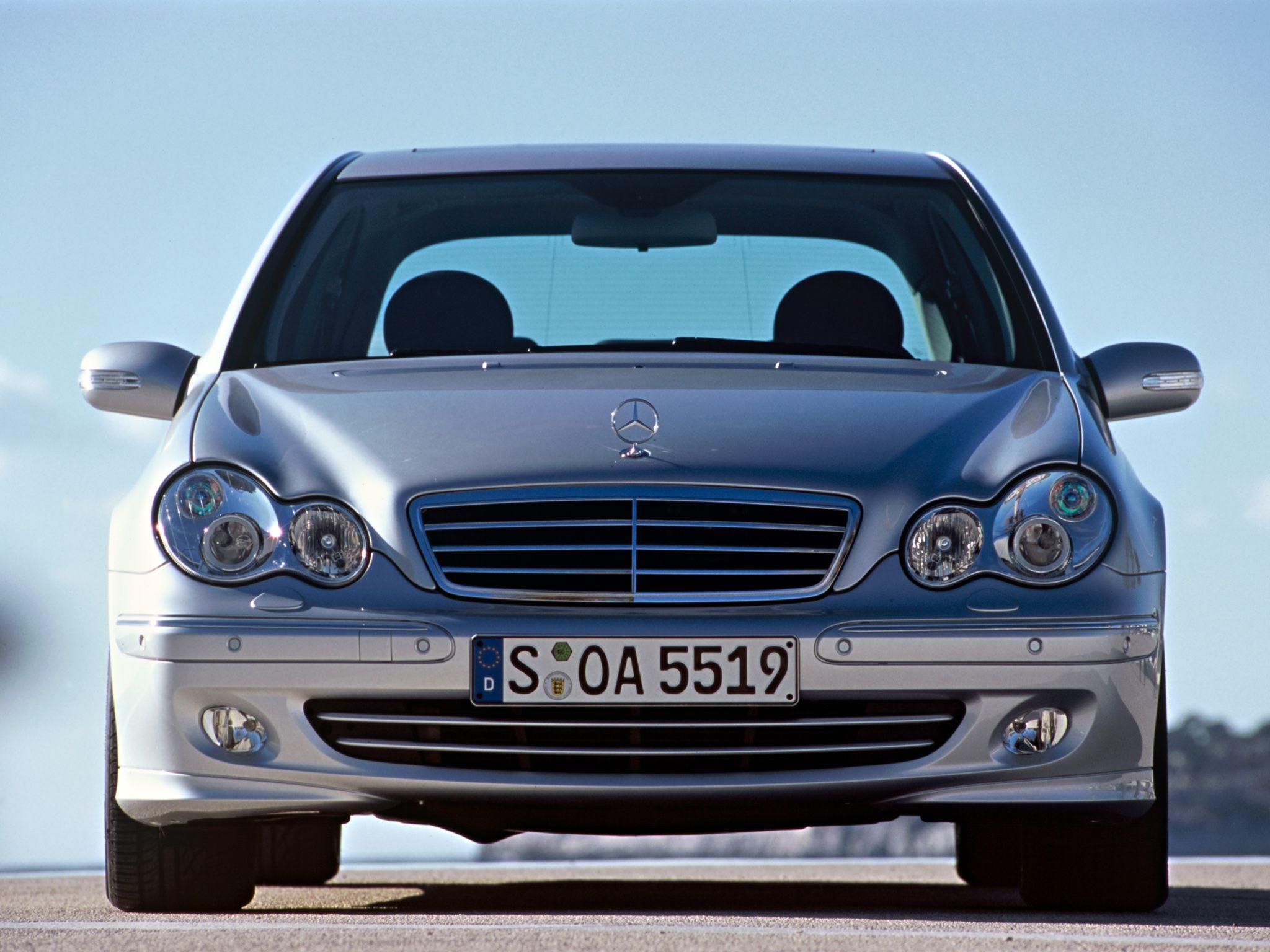 Mercedes Benz C 220 Cdi W203 2000 07 Coches Mercedes Benz Autos Mercedes Benz