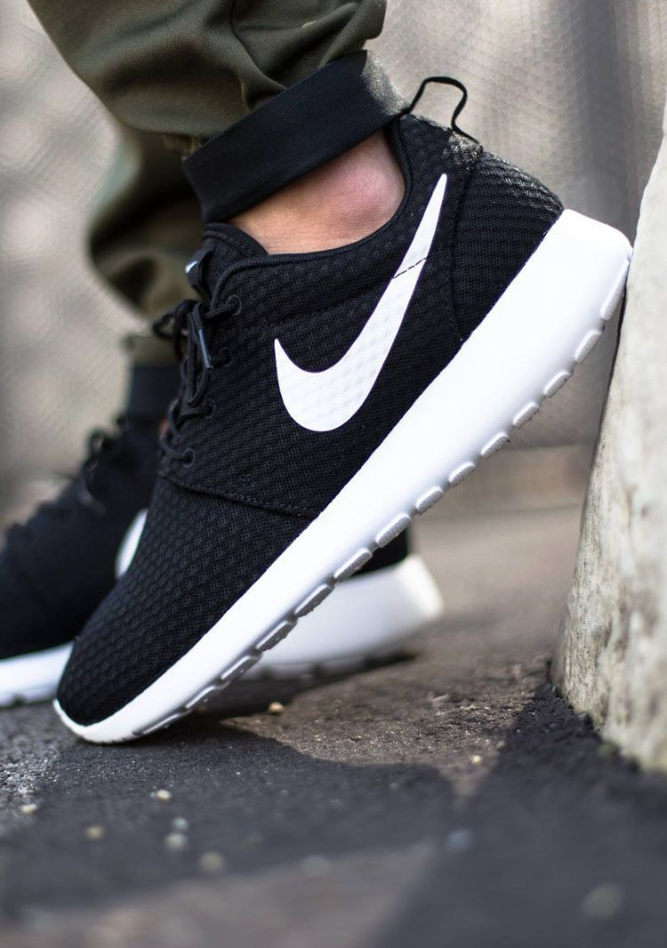 ee5016618d49 Black nike roshes with white tick