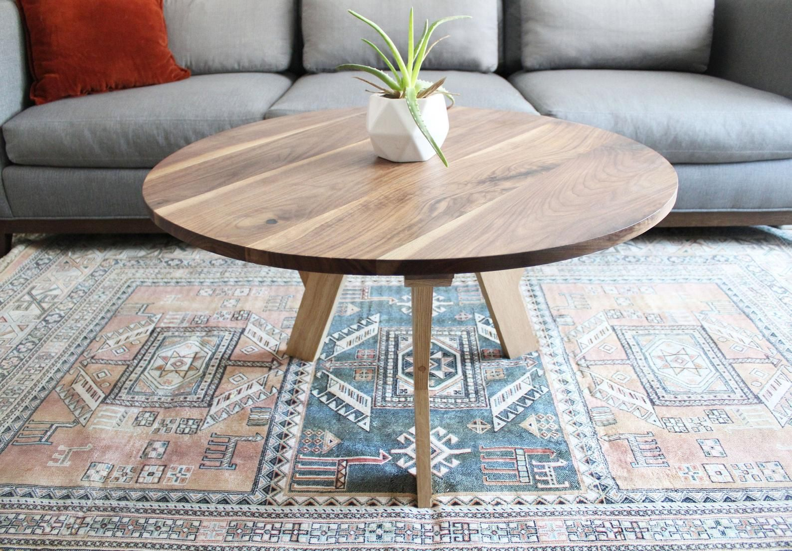 Pin By Ztrask On Xula Apartment Ideas 21 In 2021 Coffee Table Mid Century Modern Coffee Table Round Walnut Coffee Table [ 1105 x 1588 Pixel ]
