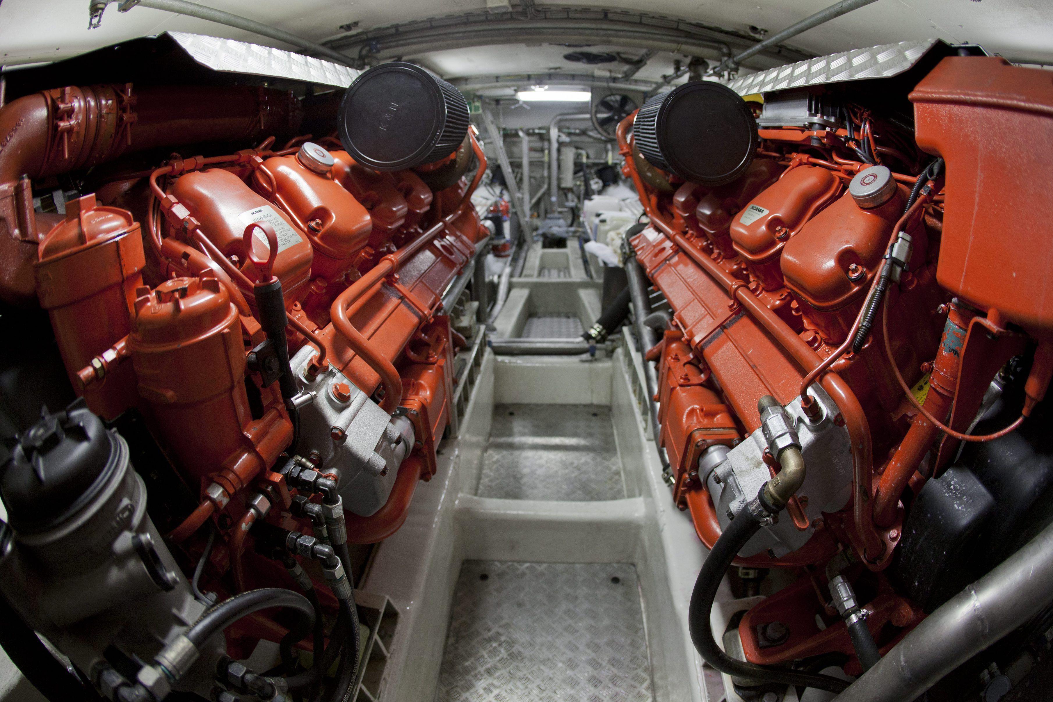 судовые дизельные двигатели фото окажет помощь