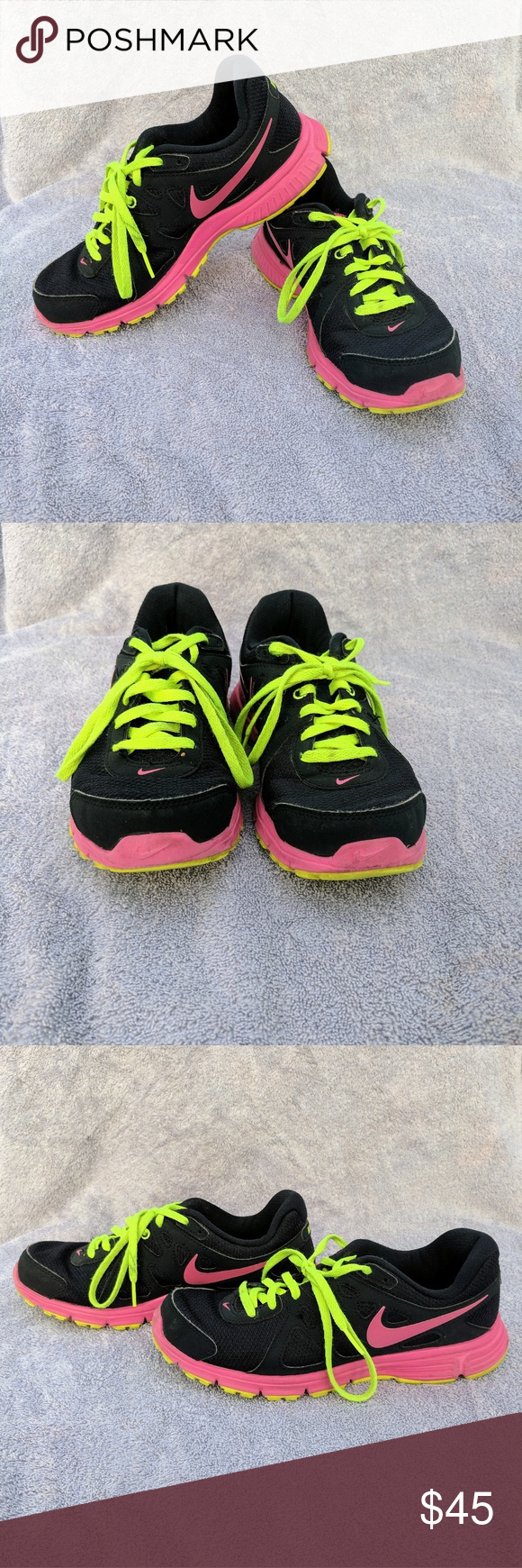 Nike revolution 2 sneakers practically new