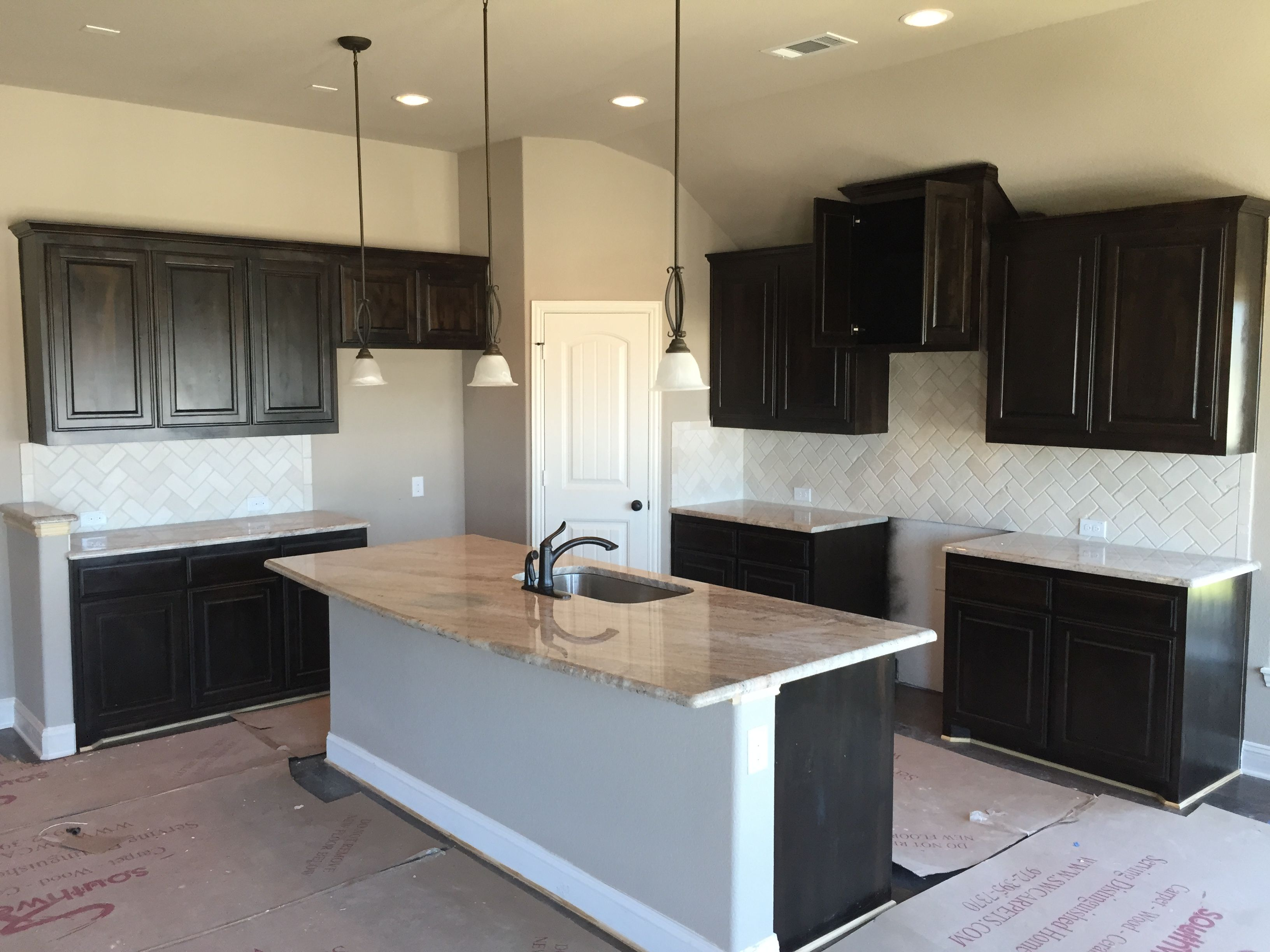 New Construction Kitchen Granite Installation 3cm Astoria Granite