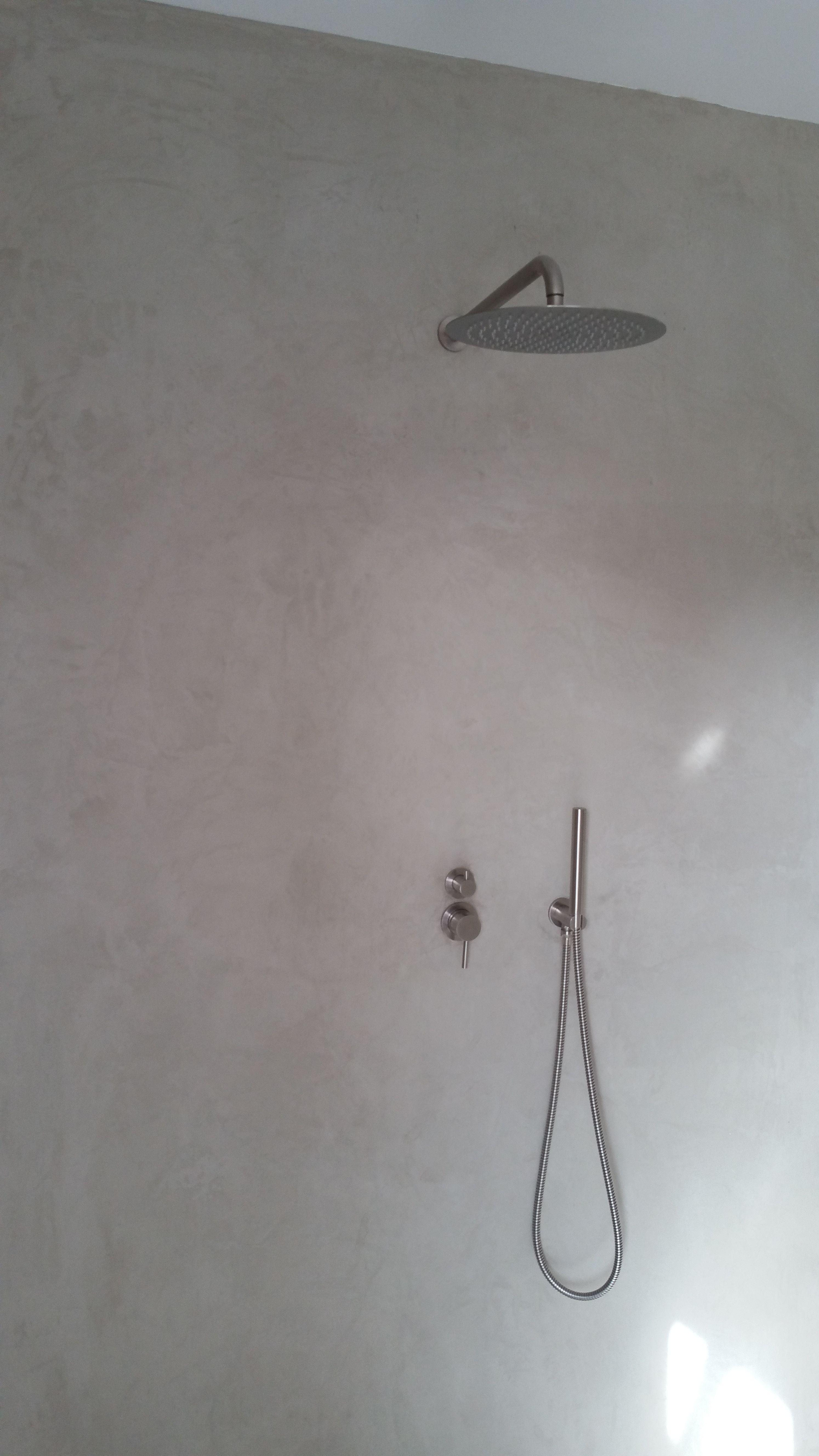 mikrozement - bad ohne fliesen sogar im duschbereich. auf der, Wohnzimmer dekoo