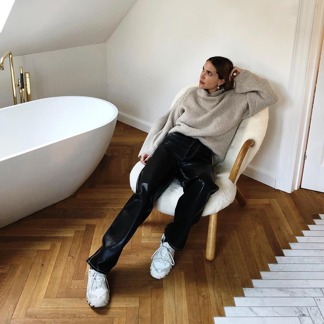 """Pernille Teisbaek on Instagram """"Home hangout"""" (With"""