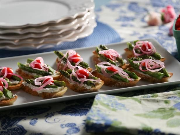 Goat Cheese And Asparagus Crostini Valerie B Add Pickled Red Onions Combine The White Vinegar Sugar And 1 Teaspoon Salt In Food Network Recipes Recipes Food
