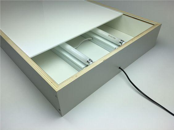 zelf een lichtbak maken | leuke ideeen klas - light table, drawing
