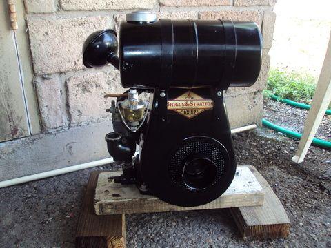 Vintage Briggs Stratton Engines