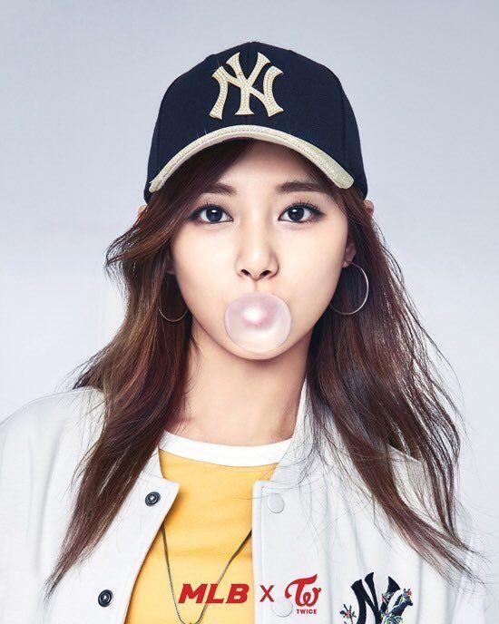 Mlb X Twice Tzuyu Chou Tzuyu Kpop Girls Kpop Nayeon