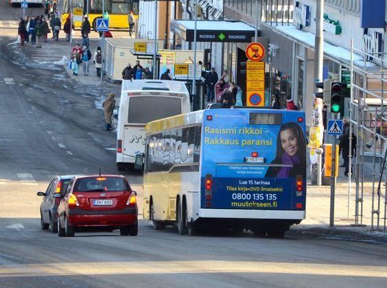 Bussie mainokset näkyvät Turussa huhtikuun puolelle.    Lue Odettan tarina, www.muutokseen.fi/simmons  Tilaa ilmainen kirja, www.muutokseen.fi/kirjatilaus