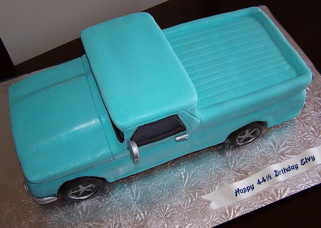 Old Pickup Truck Cake With Images Truck Cakes Truck Birthday