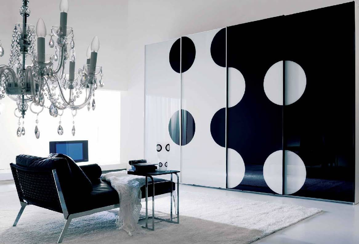 Black And White Wall Design. #Elegant and #bold black and white interior  decor
