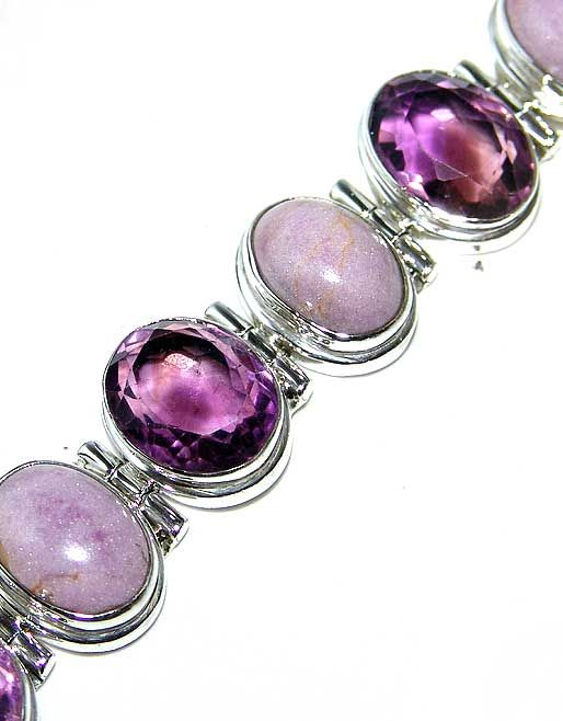 Amethyst Faceted, Phosphosiderite bracelet designed and created by Sizzling Silver. Please visit  www.sizzlingsilver.com. Product code: BR-684