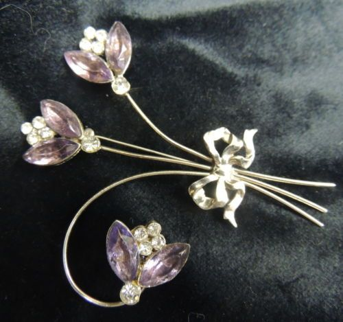 Vintage Rhinestone Brooch Pin Deco Victorian Delicate Lavender Purple Silver Bow
