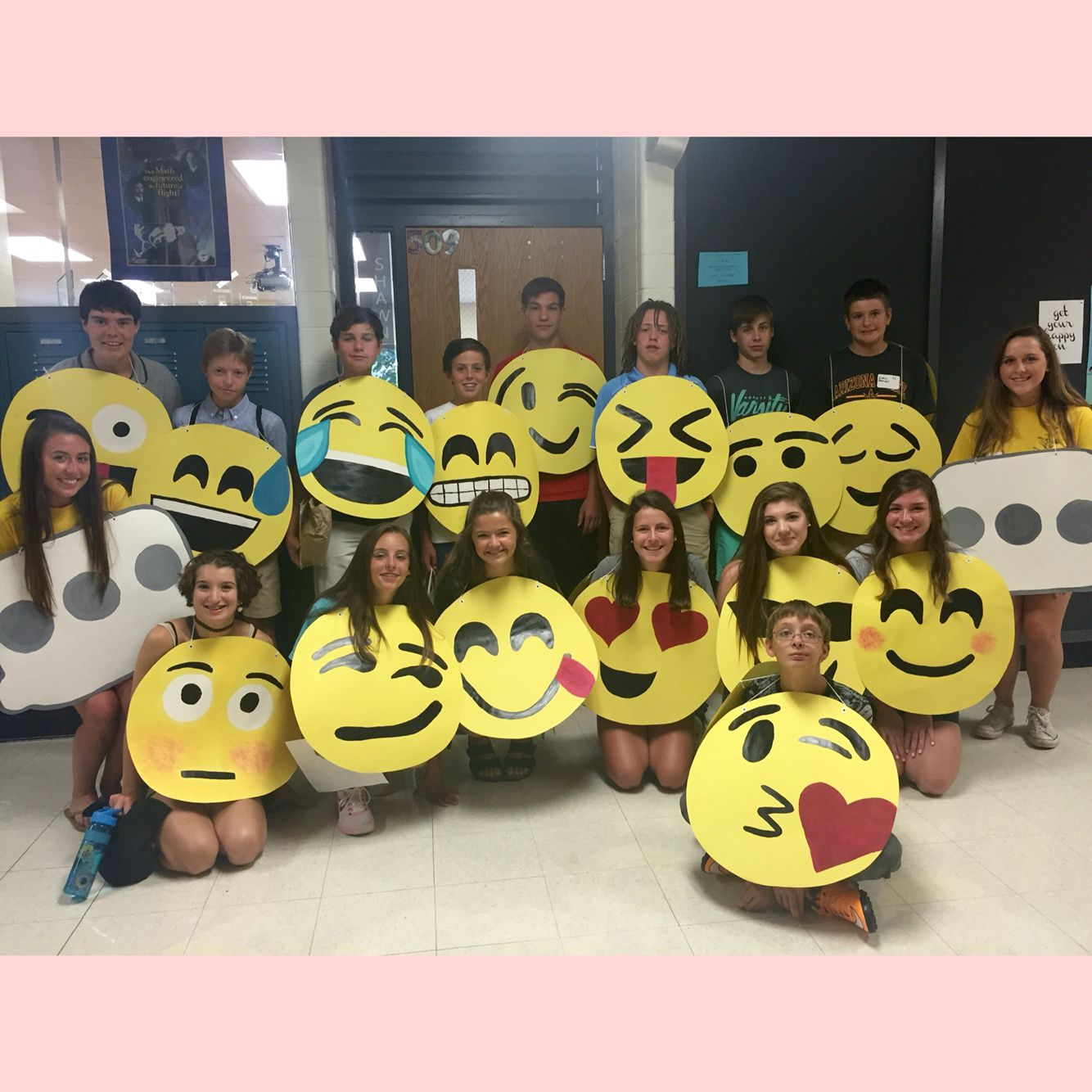 costume ideas emojis costume emojis halloween highschool - Halloween Social Ideas