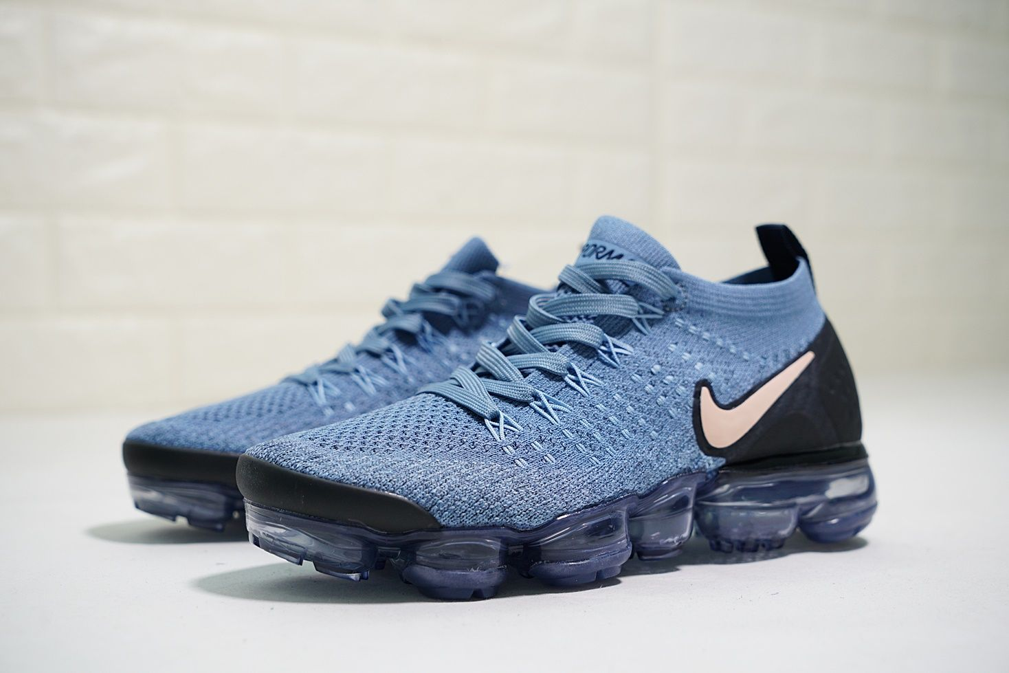 3f5bca88fc2d0 NIKE AIR VAPORMAX FLYKNIT 2 LIGHT BLUE NUDE POWDER 942843 401 ...