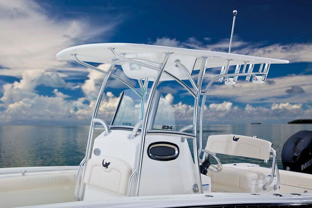 Mako 234 Cc The Standard Canvas T Top Can Be Optioned Out