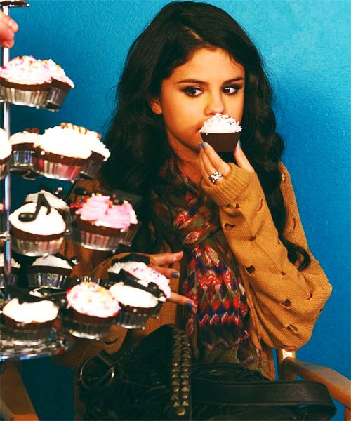 Selena Gomez Eating Cupcakes just because