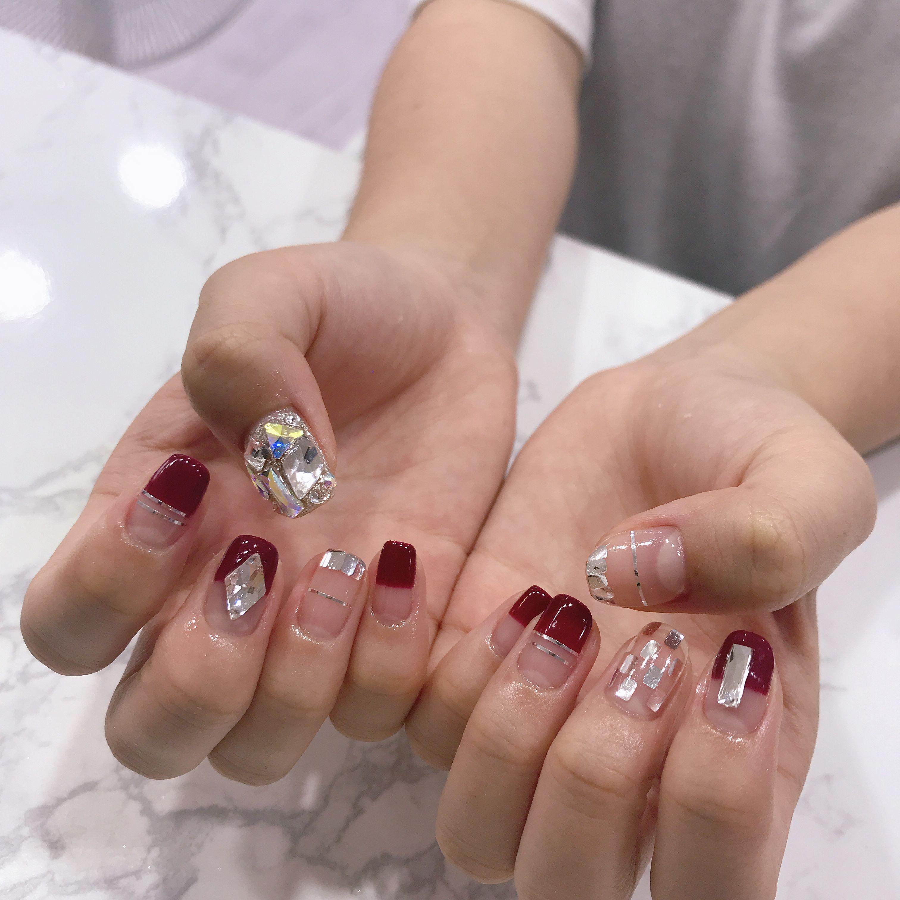연말네일 크리스마스네일 화려한네일 Nail Art Fashion Nails Manicure