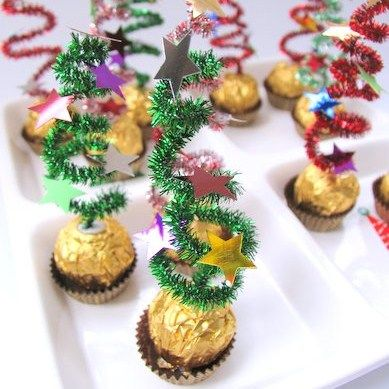 14 Id Es Faciles Pour D Corer Votre Table De No L Avec Des Bonbons Xmas Tree Xmas And Craft