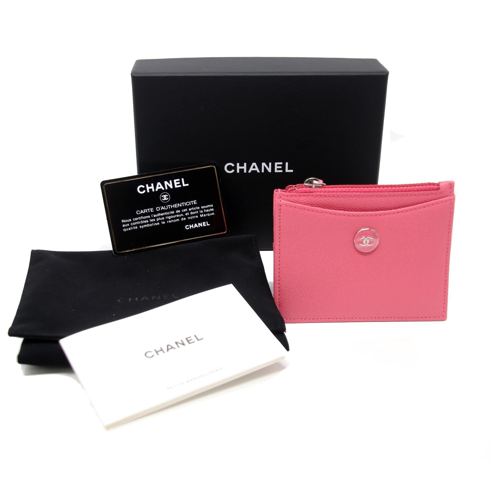 37732b374546 Chanel Caviar Leather CC Zip Card Holder Wallet in 2019 | Capsule ...