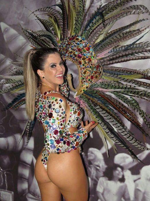 267716b93981f garotas bailando samba brasil Carnavales Del Mundo, Carnaval De Río,  Fiestas, Que Te