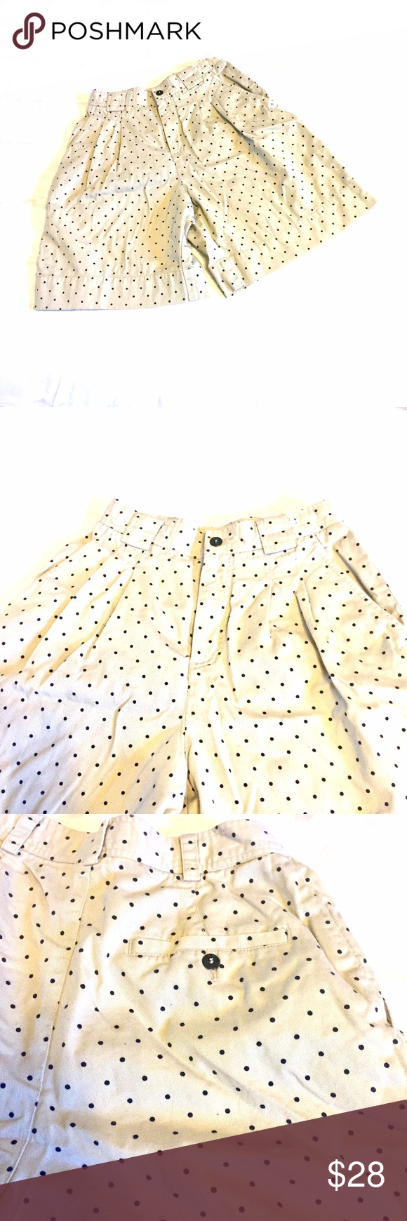 "Vintage LizSport Khaki Polka Dot Shorts Great condition! Fun vintage shorts.  Size 4. Inseam 7"" waist flat 12"" 100% cotton Shorts"