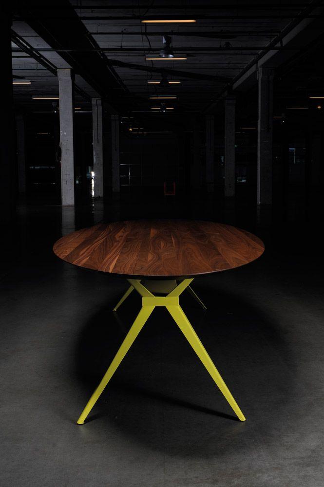 Zwaan ovaal seuren tafels tafel eetkamer pinterest for Tafel ovaal