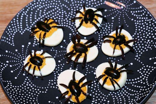 halloween rezept spinnen eier dieses und mehr rezepte auf hallo halloween mit. Black Bedroom Furniture Sets. Home Design Ideas
