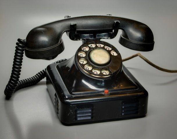 How We Stopped Communicating Like Animals  15 Ways Phones