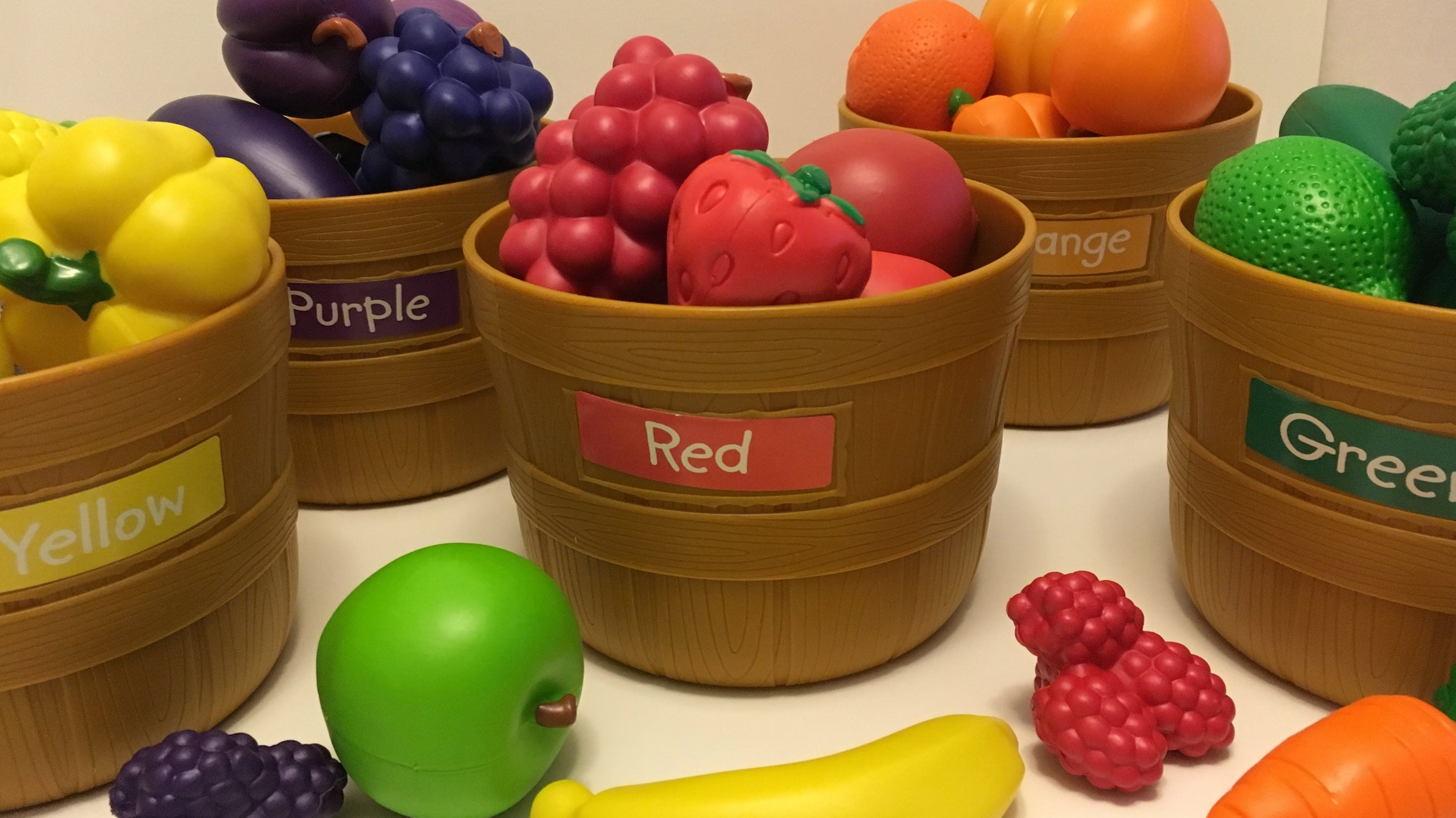 LEARN COLORS , FRUIT AND VEGETABLE  WITH FARMER'S MARKET COLOR SORTING SET