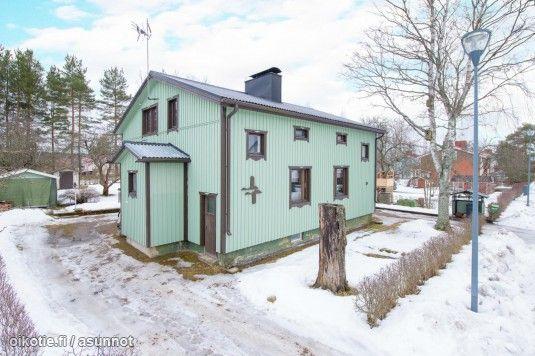 Myytävät asunnot, Muonamiehentie 10, Tampere #oikotieasunnot #puutalo #countryhouse | Country ...