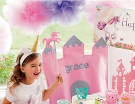 unicorn party - Kenzie loves this cardboard coloring castle ...