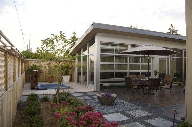 Garage door patio... someday | Gardens | Pinterest | Garage doors ...