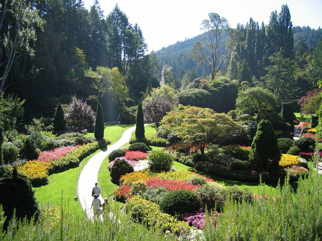 Butchart gardens travel information map facts location - Best time to visit butchart gardens ...