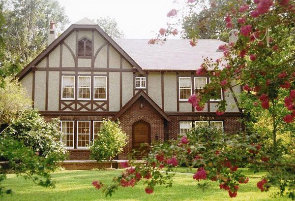 15 famous authors beautiful estates jackson house and flight deals