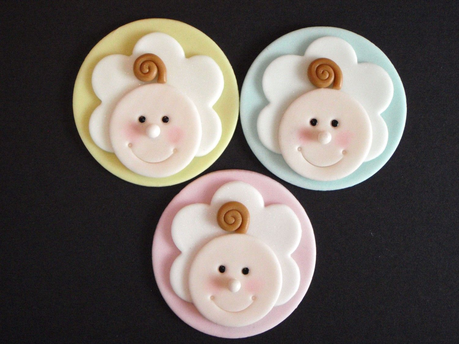 Best 25 Fondant Cupcake Toppers Ideas On Pinterest